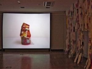"""Exposición """"A las Basuras"""" Zaborretara"""" Erakusketa"""