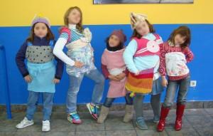 Talleres de reciclaje creativo en la Asociación vecinal Bihotz Berri.