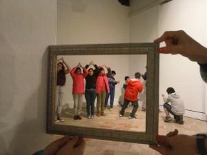 ANTIPOSTALES visitas dinámicas a la exposición